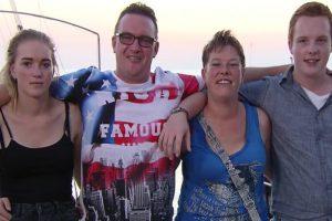 Celine, Jolanda, Laurens en Johan van Dreven in My First Holiday!