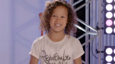 Nikia Engels Saunders The Voice Kids
