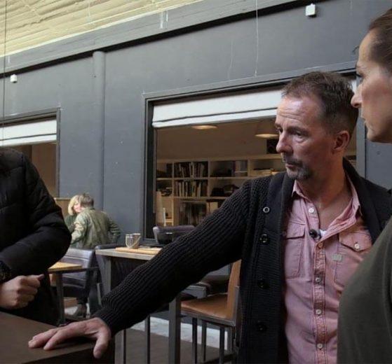 Richard, Roelie en Harald restaurant Boca Opdienen of Afserveren